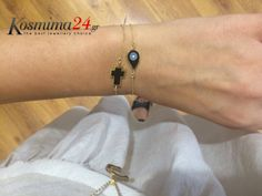 Bracelets, Gold, Jewelry, Bangle Bracelets, Jewellery Making, Jewerly, Jewelery, Jewels, Bracelet