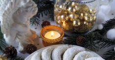A hókifli egy igazi ünnepi klasszikus, amely jól megfér a bejgli, zserbó, hólabda és a linzerek között a terített asz... Tea Lights, Candle Holders, Candles, Tea Light Candles, Porta Velas, Candy, Candle Sticks, Candlesticks, Candle