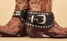 The boot accessory EVERYONE is talking about: http://www.countryoutfitter.com/style/have-you-seen-the-latest-in-boot-accessories/