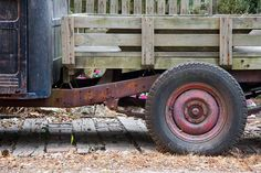 Photography / Old Truck by mariano iannuzzi, via Flickr