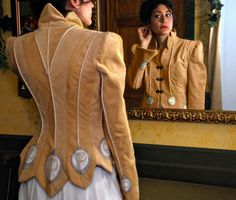 Embellished Sport Jacket, Art Jacket from the White Peacock Collection by MaryGwyneth Fine Wearable Art.  J'aime beaucoup la bordure festonnée et les médaillons appliqués
