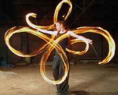 I will learn how to swing fire poi one day!