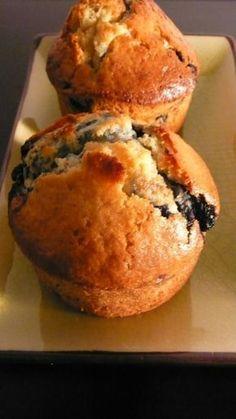 Muffin aux myrtilles : pour le petit-déjeuner. Et aussi pour le goûter. Et même peut-être en dessert au dîner…