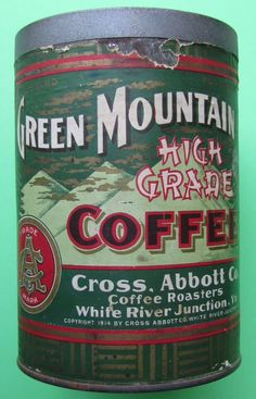 Green Mountain Coffee, circa my collection Coffee Tin, Coffee Cafe, Hot Coffee, Coffee Drinks, Coffee Shop, Vintage Tins, Vintage Coffee, Vintage Kitchen, Vintage Packaging