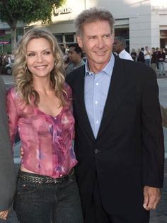 """Michelle Pfeiffer & Harrison Ford - """"What Lies Beneath"""" premiere. Michelle Pfeiffer, Older Actresses, Actors & Actresses, Gorgeous Women, Beautiful People, Harrison Ford, Hollywood Actor, Cinema, Celebs"""