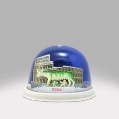 Rome - Colosseum Snow Globe