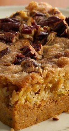 Praline Pumpkin Dessert ~ This easy cake feeds a crowd! Eat cake instead of pumpkin pie! Made easier with a cake mix and baked in a pan everyone has, this dessert feeds a crowd! Pumpkin Cake Recipes, Fall Dessert Recipes, Pumpkin Dessert, Fall Desserts, Fall Recipes, Just Desserts, Holiday Recipes, Thanksgiving Deserts, Dessert Simple