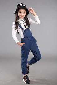 Resultado de imagem para www.pinterest.com jardineira jeans infantil moda 2016