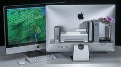 デスク周りの散らかりは「裏」にしまえ!iMacユーザー必見の収納棚 | ROOMIE(ルーミー)