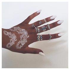 The online destination for bohemian jewellery Henna Tattoo Hand, Temp Tattoo, White Henna, Henna Designs Easy, Temporary Tattoo Designs, Rings N Things, Nail Ring, Bohemian Jewellery, Boho Rings