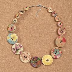 chunky floral print wooden button necklace