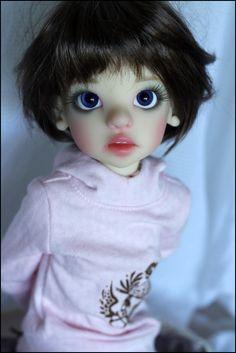 JpopDolls.net::Dolls::Kaye Wiggs Dolls::Izzy::Izzy Human in Fair Skin (PREORDER)