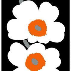 Det stilfulla Unikko 50th Anniversary tyget kommer från Marimekko och är designat av Maija Isola och Kristina Isola. Tyget är ett jubileumstyg som är framtaget i samband med att det kända Unikko mönstret firar 50 år. Använd tyget som gardin eller placera det på väggen som en fin detalj. Kombinera det tillsammans med andra stilsäkra produkter från Marimekko för att skapa en fin helhet.