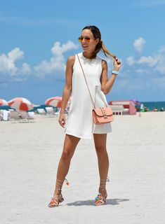 8b8b15d03e0 Olivia Munn's Orange Oscars Look | Resort Fashion | Olivia munn ...