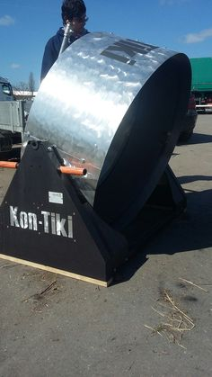 Nice tilting version of the Kon-Tiki! Reuse, Upcycle, Tilt, Switzerland, Repurposed, Recycling, Accessories, Upcycling, Repurpose