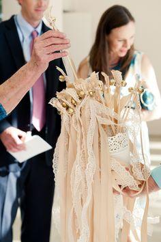 vintage wedding A Romantic & Vintage Tampa Wedding Vintage Suitcase Wedding, Vintage Wedding Favors, Best Wedding Favors, Vintage Weddings, Sage Wedding, Chic Wedding, Dream Wedding, Wedding Day, Wedding Photos