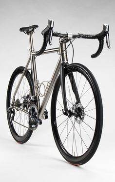 Road :: Titanium - Firefly Bicycles Road Bikes, Cycling Bikes, Bici Fixed, Titanium Road Bike, Outdoor Life, Mountain Biking, Bicycles, Gears, Motorbikes
