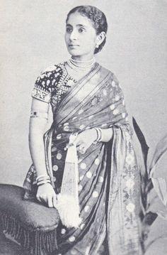 Fabulous Vintage Image with Fan    vintage sarees saree history saree blouse