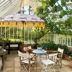 I can't wait until later- this is the Gloria parasol in a glasshouse! Sent by a truly lovely customer- isn't this just the coolest styling. I think I don't need to do photo shoots anymore! Happy VE Day bank holiday- may yours be peaceful and sunny. Colorful Interior Design, Colorful Interiors, Interior Styling, Terrace Restaurant, Garden Parasols, Outdoor Dining, Outdoor Decor, Glass House, Garden Styles