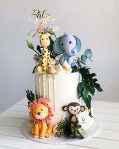 Baby Jaques 🦁🐒🦒🐘🌿 Custom name topper Baby Boy Birthday Cake, Animal Birthday Cakes, Baby Boy Cakes, First Birthday Cakes, Baby Shower Cakes, 1st Birthday Parties, Gateau Baby Shower Garcon, Safari Cakes, Jungle Cake