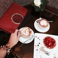 It can't get any better than that. Posh coffee at Gucci cafe in Milano.