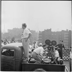 Beautiful Photographs Of New York Captured By Stanley Kubrick  10/27  Naked City [Movie production crew.]
