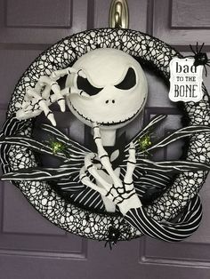 Easy Halloween Decorations Party DIY Decor Ideas – Jack Skellington Wreath – Haircut Trends For Men and Womens – TrendPin Halloween Door Wreaths, Easy Halloween Decorations, Kids Party Decorations, Halloween Party Decor, Halloween Crafts, Ideas Party, Jack Skellington, Nightmare Before Christmas Decorations, Nightmare Before Christmas Halloween