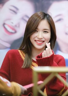I cannot control myself!🤗 Twice Mina Kpop Girl Groups, Korean Girl Groups, Kpop Girls, Nayeon, K Pop, Twice Once, Myoui Mina, Twice Kpop, Japanese American