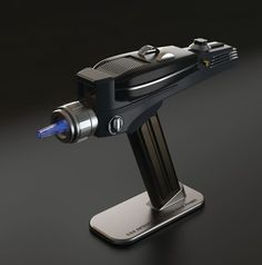 #StarTrek Phaser Universal Remote Will Be Available To Use At #SDCC http://www.reelfilmnews.com/2014/07/15/thinkgeek-beams-san-diego-comic-con-functional-phaser%e2%80%8f/