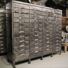 Industriële ladekast www.oldwood.nl Buurt 30, 1679 GG Midwoud 0229 202 292