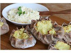 Nami-Nami retseptikogu :: Karjala pirukad Baked Potato, Russia, Potatoes, Baking, Ethnic Recipes, Food, Potato, Bakken, Essen
