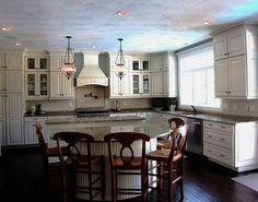 New England cottage decor | New England Cottage Style | eubankdesign.com