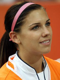 Alex Morgan US Womens Soccer Team Hair - Pre-wrap