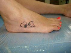 Snoopy Matching Tattoos On Legs - Amazing Snoopy Matching Tattoos On Legs -Amazing Snoopy Matching Tattoos On Legs - Amazing Snoopy Matching Tattoos On Legs - Snoopy by Doy dude considering the Snoopy tattoo . Mini Tattoos, Sweet Tattoos, Little Tattoos, Dog Tattoos, Body Art Tattoos, Small Tattoos, Cartoon Tattoos, Disney Tattoos, Piercing Tattoo
