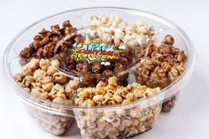 Each compartment holds 3 cups of amazingly delicous chocolate flavors. Popcorn Packaging, Dessert Packaging, Food Packaging Design, Flavored Popcorn, Gourmet Popcorn, Popcorn Recipes, Raw Chocolate, Chocolate Flavors, Popcorn Store