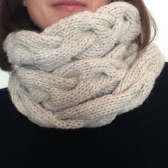 Knit a Twist Snood Wool Rico Essentials Loom Knitting, Free Knitting, Knitting Patterns, Circle Scarf, Cowl Scarf, Crochet Poncho, Knitting Accessories, Knitted Gloves, Pom Poms