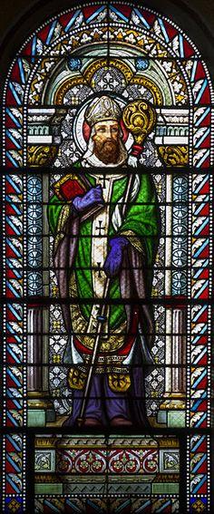 File:Église Saint-Denis-de-la-Croix-Rousse de Lyon - Vitrail saint Augustin.jpg