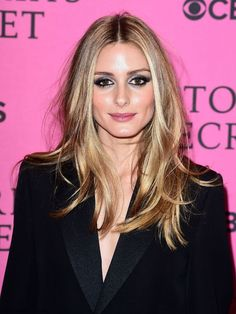 Gorgeous Olivia Palermo withradiant skin and metallic silver smokey eyes makeup look at the Victoria`s Secret after-party in London, on 2nd December 2014. #oliviapalermo