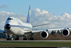 Lufthansa D-ABYT Boeing 747-830 aircraft picture