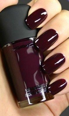 Dark Polish - Winter Beauty Trends To Try  - Photos