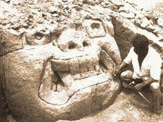9/ PÉRIODE FORMATIVE ANCIENNE / HUACA DE LOS REYES.