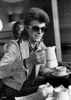 Sunglasses years sixties + seventies - 3 - Occhiali da sole e personaggi anni 60 e 70