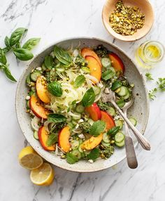 This Fennel & Peach Salad with Mint & Pesto is made with a base of lemony shaved fennel, juicy peaches, fresh pesto, and herbs. A show-stopping dinner side that packs up well for lunch the next day. Cherry Tomato Salad, Roasted Cherry Tomatoes, Summer Salad Recipes, Summer Salads, Mint Pesto Recipe, Creamy Pesto, Fennel Salad, Cooking Recipes, Healthy Recipes