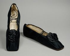 Women's shoes, silk satin lined with linen and kid, leather soles, c. 1840s, probably American.