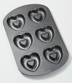 Heart baking pan