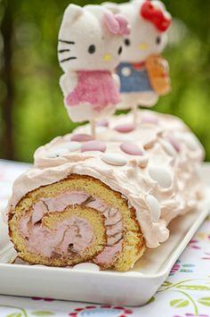 Hello Kitty jäätelökääretorttukakku. Jäätelöt maistuvat yleensä lapsille, siksi myös lastenkutsujen kakku maistuu usein jäätelöisenä muita kakkuja paremmin.