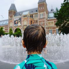 We so enjoyed our visit to Museumplein, it surprised us with all the things for kids to enjoy. We knew that it was home to the iconic… Amsterdam With Kids, Amsterdam Things To Do In, Travel With Kids, Family Travel, House Swap, Red Light District, Days Out, Family Activities, We The People