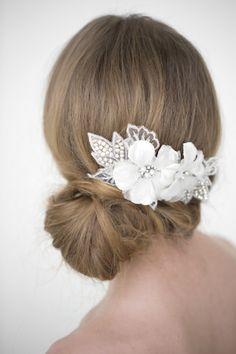 Hair accessory by www.powderbluebijoux.com