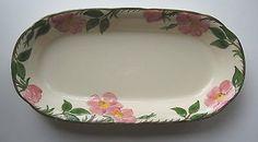 Franciscan USA DESERT ROSE Large Oval Microwave Baker Baking Dish Desert Rose Dishes, Platter, Tray, Franciscan Ware, Charger Plates, Plates And Bowls, China Patterns, Vintage Stuff, Pink Flowers