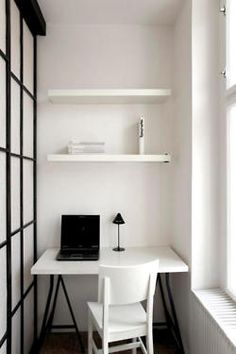 I'm in need of a home office space. simple but neat. I like.